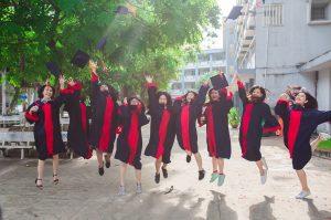 friend, student, graduate-2727307.jpg